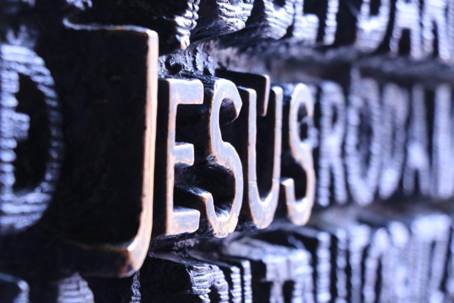 Jesus in Lettern