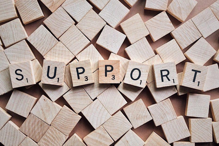 Buchstabensteine Support
